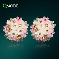 QMODE Tiny Flower Earrings Elegant Champagne Crystal Rose Earrings Fashion Jewelry for Gift