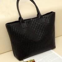 Free shipping famous popular women's handbag Women's PU Leather Handbag women message bags shoulder bags wholesale