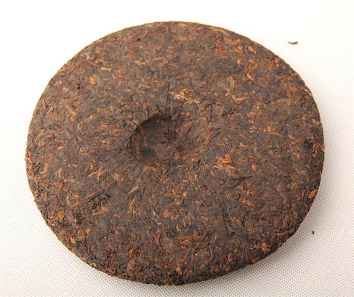 30years Old puerh tea cake 357g puer puer  pu-erh Naturally menghai te perfumes and fragrances of brand originals by Joy T house(China (Mainland))