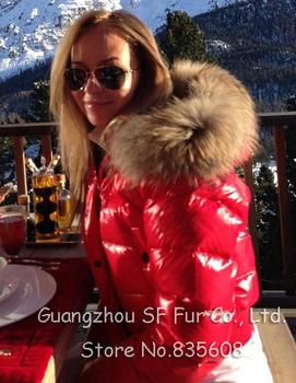 Новое поступление высокое качество зима ультра легкий и теплый черный красный скалозуб ватные белая утка пуховик женщин известный бренд пальто с меховым капюшоном