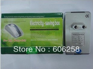 Free shipping 10pcs 19kw power energy saver Less10%- 35% Electricity saving with EU/US/UK plug