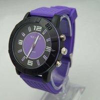 Freeshipping wholesale new design good quality silicon band, quartz movement, factory direclty supply  wrist quartz analog watch