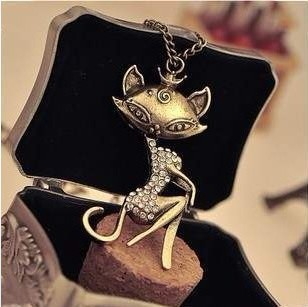 Cute retro rhinestone cat lady Necklaces sweater chains Bronze Free shipping Min.order $15 mix order NE67030