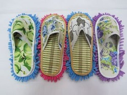 Chenille lazy slippers can cleaning dust(China (Mainland))