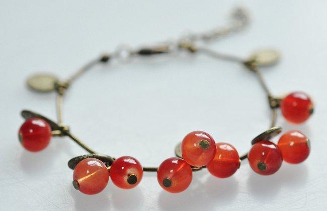 2014 New Fashion Hot-Selling Sweet Cherry Alloy Bracelets Strand Bracelet A Best Gift For Women 66B27(China (Mainland))