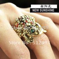 Free Shipping Europe Fashion Good luck Green Eye frog plutus golden ring Glow-Reflecting Finger Ring CFANR Jewelry  JZ903
