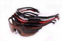 freeshipping  female sunglasses man  sunglasses polarisers commodity UVA and UVB polarizing  cool fashion Polarized sunglasses