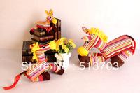 New Doll Lovely Horse Handmade Muppet Toy Figurine Cloth Art Decoration (Medium)