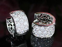 Wholesale Free Shipping 3 Carat Simulated Diamonds Huggie Earrings CSE334