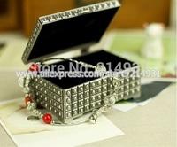 Rivet Design Metal Jewelry Storage Box Modern Engraved Rectangle Zinc Alloy Princess Jewelry Case Trinket Box Wedding Favors