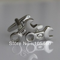 Novelty Socket Spanner Wrench Engineer Mechanic Diy Cruise Wedding Groom Men Cuff Links Business Silver Cufflinks For Mens