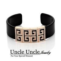 Brand Design 18K Gold Plated Retro Rome Design Austrian Rhinestone Square Acrylic Lady Bangle Bracelet Wholesale