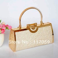 Free shipping the latest fashion labyrinth metal powder handbag evening bag princess bag
