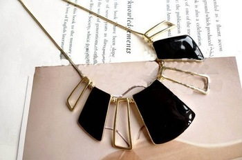 Free Shipping Min.order  $15 (mix order)New Arrival Hollow out Square Pendant Necklace,Black Drip Sweater Chain for Female#N472