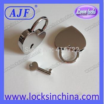 A01-021HW AJF valentine day's promotional heart shape padlock