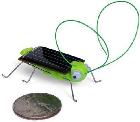 Free Shipping Lovely Mini Solar Energy Powered Child Kid Toy Locust ,Wholesale FREE SHIP Solar Grasshopper Insect Bug Moving Toy(China (Mainland))
