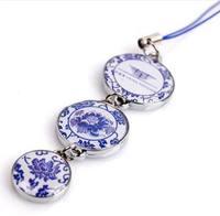 Freeshipping Shanghai World EXPO gift souvenir elegant traditional chinese blue and white porcelain mobile phone pendant P22669