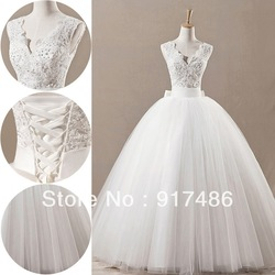 2013 New Fashoion Hot Sale Ball Gown Floor Length V-Neck Real Made/Sample Wedding Dress 5888(China (Mainland))