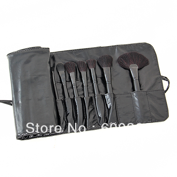 Big Discount ! 32pcs 32 pcs Cosmetic Facial Make up Brush Kit Makeup Brushes Tools Set + Black Leather Case 8154,Free Shipping(China (Mainland))