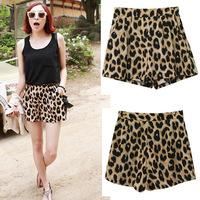 Free shipping women 2013 new classic leopard casual shorts hot short pants trousers elastic waist