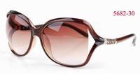 Wayfarer sunglasses women and vogue frame glasses with UV400 lens fashion sun glasses for women free shipping 5682-30