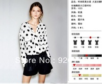 Free shipping  cotton lady's shirt ,round dot  shirt Sweet Long sleeve Front Pocket women blouses 2013