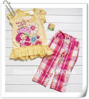 Free shipping Baby 2pcs set Yellow Strawberries Girl Floral Cartoon Princess Ruffles Falbala T-shirt+Big red  Plaid Pants 1070