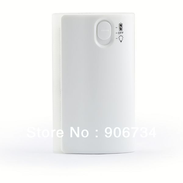 5600 MAH White Mobile Power Supply For Phone Camera MP3 MP4 MP5 With Flashlight Function LED Battery Indicator Free Shipping(China (Mainland))