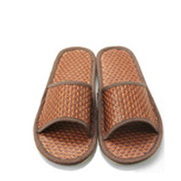At home slippers summer straw braid slippers lovers design puffballs slip-resistant rattan seats slippers