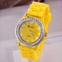 10pcs/lot GENEVA Crystal Dial Quartz Watch Women Dress Watches Alloy Case Analog Rubber Wristwatches 2014 New