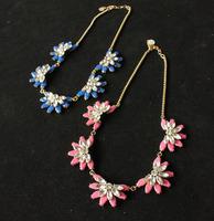 Wholesale Fashion Glass Crystal Rhinestone Necklace Designer Jewelry Women Chokers Blue Pink Flower Pendant Free Shipping