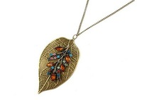 2014 New Fashion Hot-Selling&Vintage Elegent Leaf  Wtih Colorful Rhinestone Pendant Long Chain Sweater Necklac 66N720