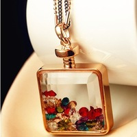 Wholesale Jewelry Vintage Style Crystal Perfume Bottle Pendant Square Drifting Bottle Necklace Jewelry  Sweater Chain