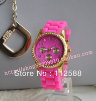 [Free Shipping] 1 piece Hottest Silicone Strap Crystal Watch, Fashionable Gift Watch [CSMK(G)]