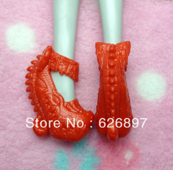 Free Shipping Fashion Original Monster High Dolls' Red Boots Cool Shoes Brand Accessories Birthday New Year Gifts Dolls Toys