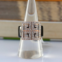 Europe and the United States fan Sanskrit 18 k rose gold plated ring with Austrian crystal high-end fashion women
