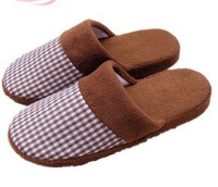 FREE SHIPPING 5 brick grid cloth coral fleece wool household slippers wood floor indoor slippers winter thermal high quality