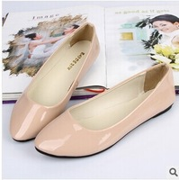 Free shipping 2013 han edition single shoes with flat tip intact candy color flat patent leather shoes with the lowest price