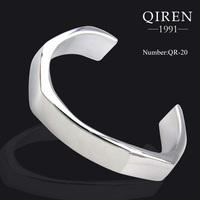 High quality fashion stainless steel love set smooth polished cuff bangle Irregular cuff bangles QR-20