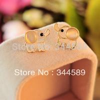 P 0726 FREE SHIPPING!!! Lovely Pink White Elephant  Stud Earrings With Beauty Shiny Rhinestone