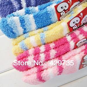 Free Shipping Cotton Baby Feet Warmers Rainbow Strip Short Socks Floor Socks Children Warm Towel Socks(China (Mainland))
