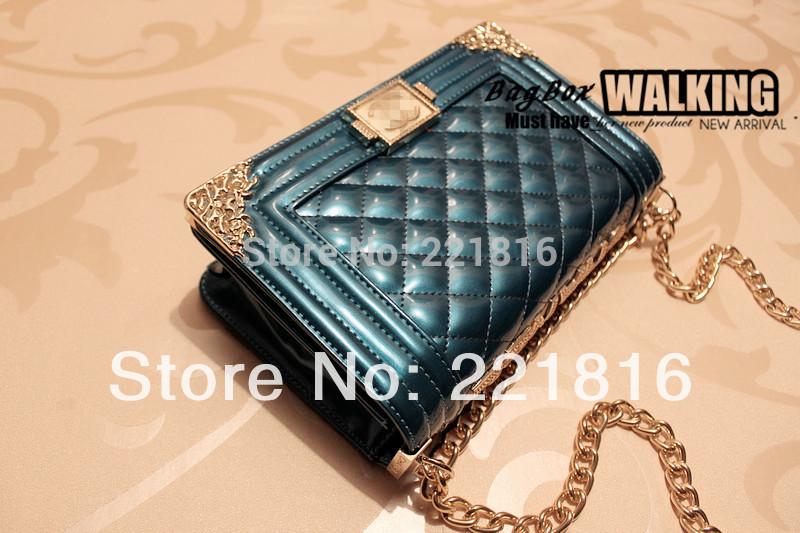 Brand Designers Handbag Women's Patent Leather Plaid Metal Chain Shoulder Messenger Bag Relievo Vintage Camellia Crossbody Bag(China (Mainland))
