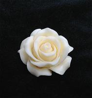 Bone carvings Rose   Pendants Hanging ornaments   Circle diameter 2.4cm  