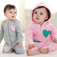 2014 autumn-winter fashion baby girl velvet hreat patchwork hooded 2 pcs clothing set long sleeved,baby girl fashion sport set