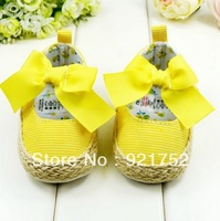 free shipping Yellow baby cotton shoes, beautiful riband baby  soft bottom shoes,  baby walking  shoes 693