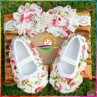 Sunshine store #2B1910  3 set/lot Baby girls diamond/pearl Chiffon Flowery Baby Booties&headband Rosette Shoes set free shipping