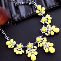 Yellow Shourouk Flower Crystal Gem Choker Collar Chain Statement Necklaces & Pendants New Fashion Jewelry Women Wholesale N36