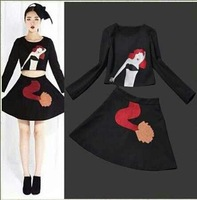 The new 2014 spring and summer women embroidered Mermaid embroidery pattern jacket + skirt suit Free Shipping