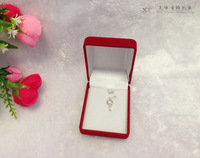 2014 Cute Pendant Red Fabrics Packaging Box Jewelry  Pendant and Necklace Storage Box Square Velvet Red Box