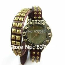 Casual Leather Wristwatch Stud Bronze Rivets Bracelet Watch Popular Friendship Gift Jewelry